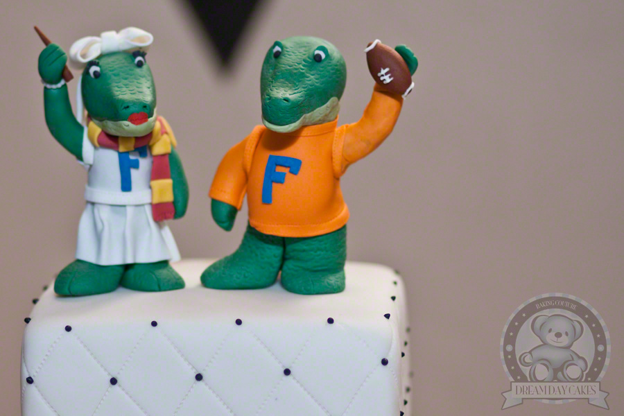 gator-wedding-topper
