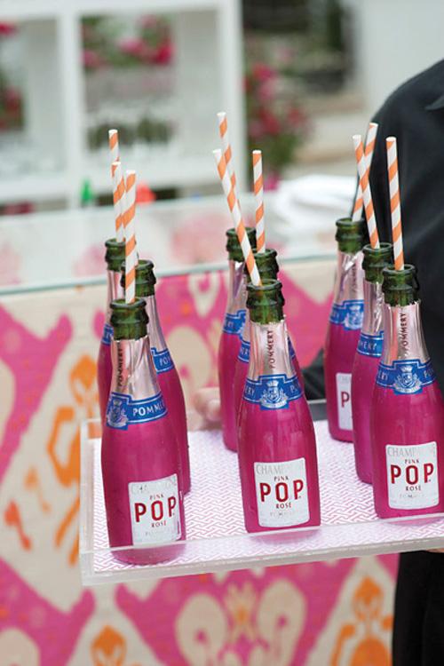 southern-wedding-mini-champagne-bottles
